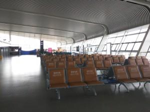 空无一人的机场